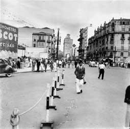 Lévi-Strauss, Claude. Avenida São João. Centro. São Paulo. SÃO PAULO / Brasil. 1937 circa.