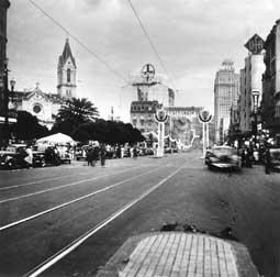 Lévi-Strauss, Claude. Largo do Paissandu. Centro. São Paulo. SÃO PAULO / Brasil. 1937 circa.