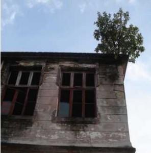 Exterior do prédio da Escola das meninas. Fonte: Taís.